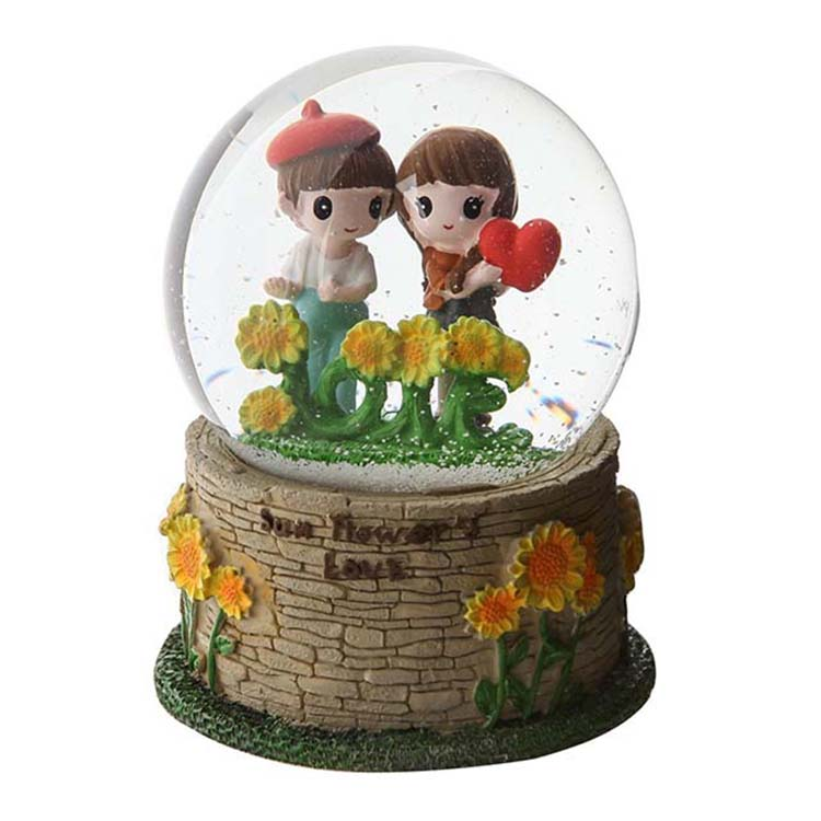 OEM hot selling resin sunflower glass snow globe water globe manufacturers