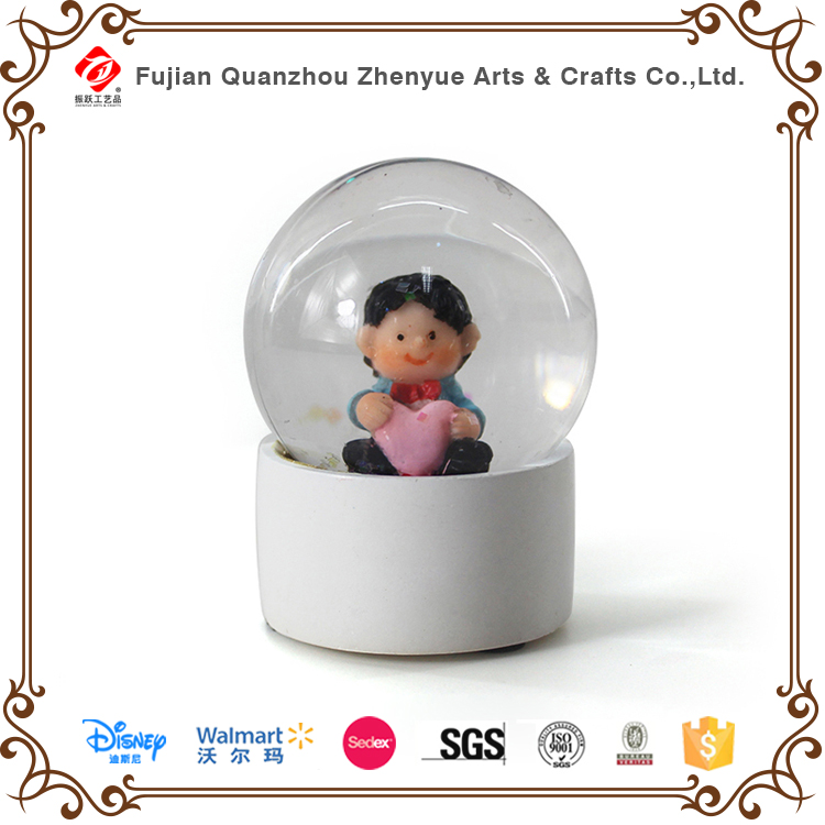 hot sale Customized music resin crystal electric custom snow lovers globe