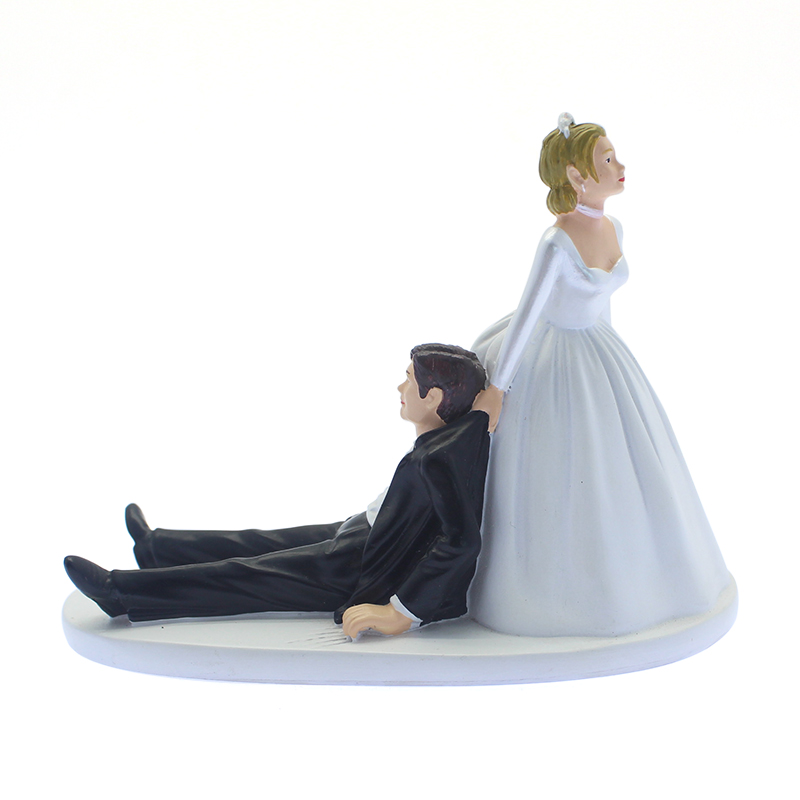 Resin wedding decoration western style lovely funny wedding couple figurines