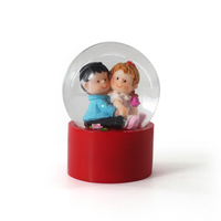 Russia lovely home christmas decoration resin Snow Globe for sale
