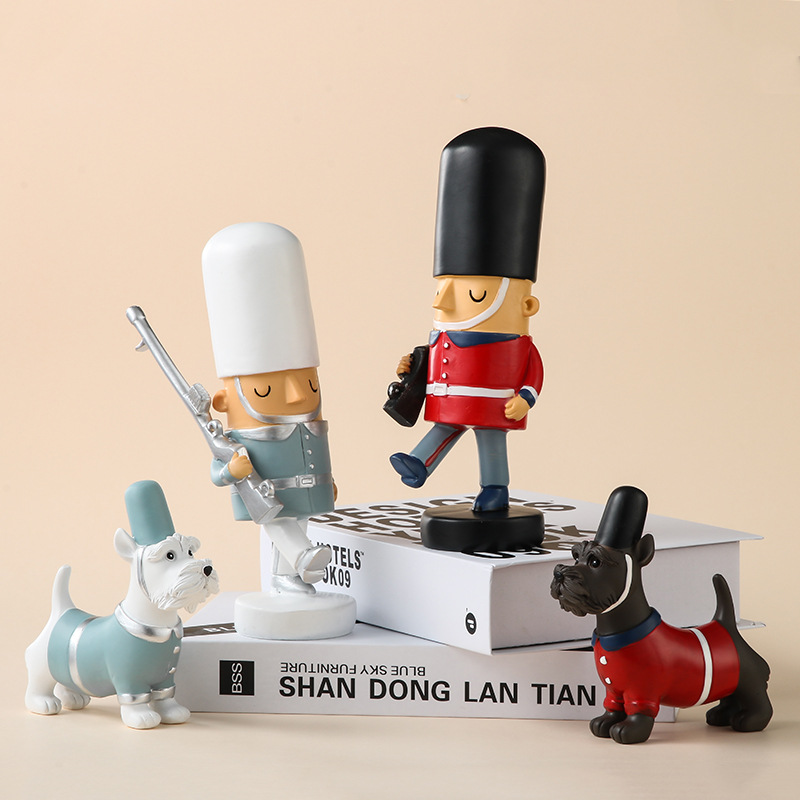 handmade cute cartoon personalized british style resin toy soldier figurine